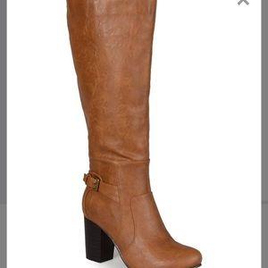 Camel wide calf boots 7.5
